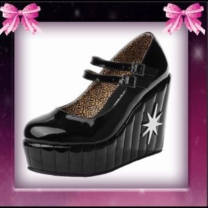 TUK Black Retro Platform Patent Mary Jane Wedges 7